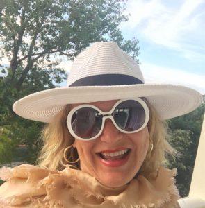 Shiloh white sunglasses